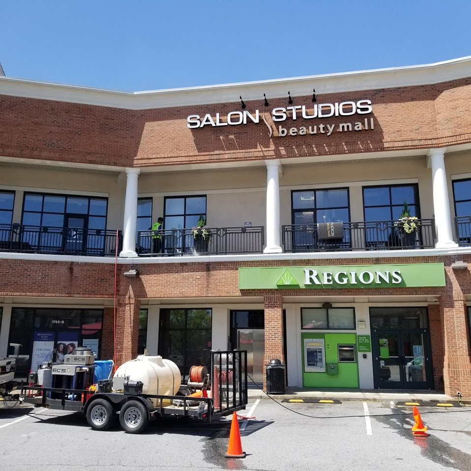 Eliminating Sticky Situations: Shopping Center Gum Removal